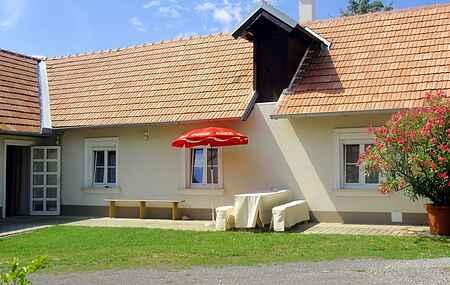 Town house ihat7323.100.1