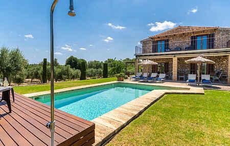 Villa ihes8359.136.1