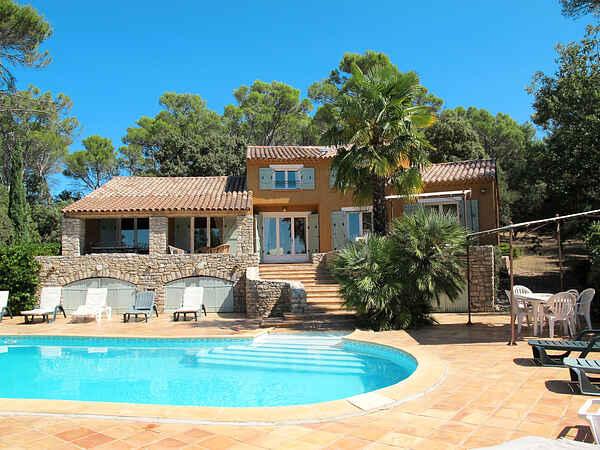 Villa i Entrecasteaux