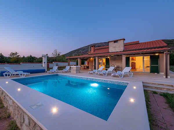 Villa i Klis