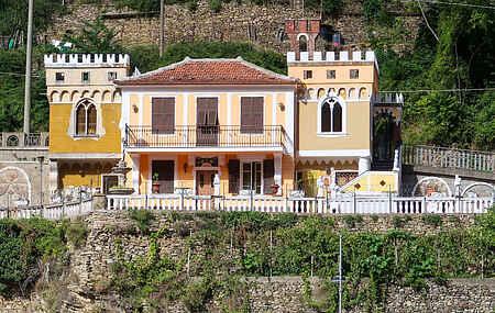 Villa ihit1760.606.1