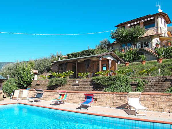 Villa in Buchignano