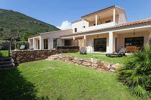 Villa i Guagno