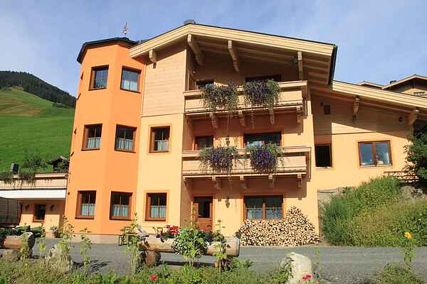 Semesterbostad i Saalbach