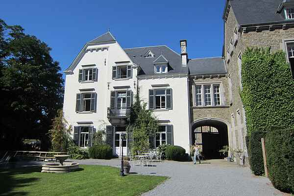 Schloss in Érezée