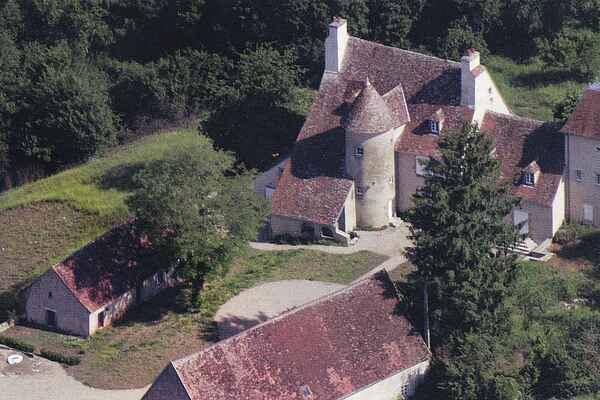 Slot i Lurcy-Lévis