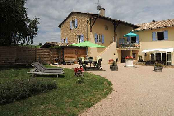Gårdhus i La Chapelle-de-Guinchay