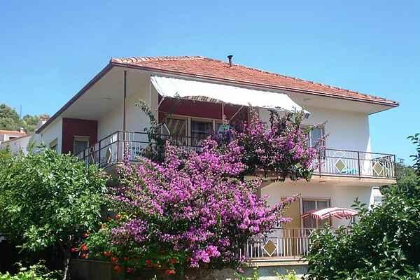 Lägenhet i Marina