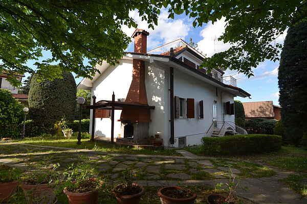 Villa in Montescudo
