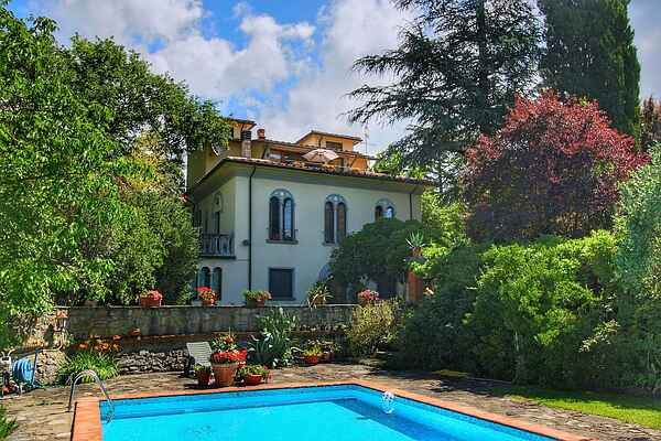 Villa in Subbiano