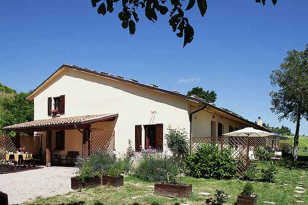 Farm house in Cagli