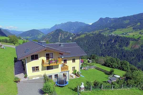 Farm house in Taxenbach