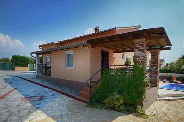 Gårdhus i Cancini