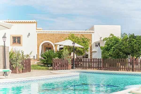 Villa in Port de Sant Miquel