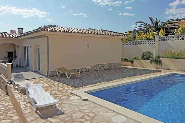 Holiday home in L'Escala