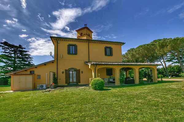 Villa in Graffignano