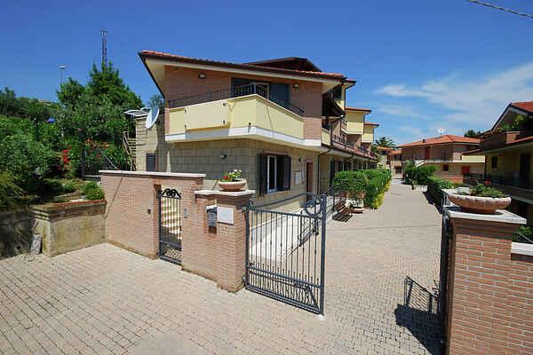 Gårdhus i Tortoreto Lido