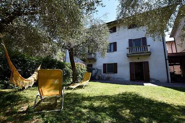Villa en Marone