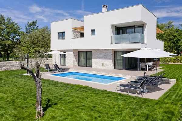 Villa i Karigador