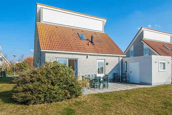 Holiday home in Scharendijke