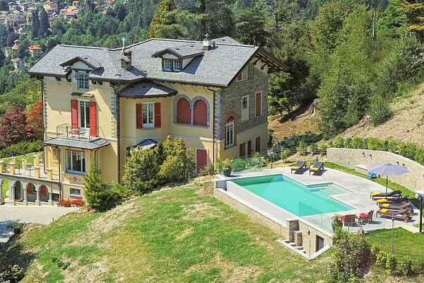 Villa i Premeno