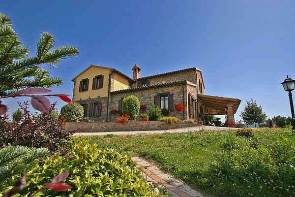 Villa in Urbania
