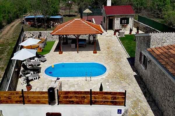 Vakantiehuis in Zemunik Donji