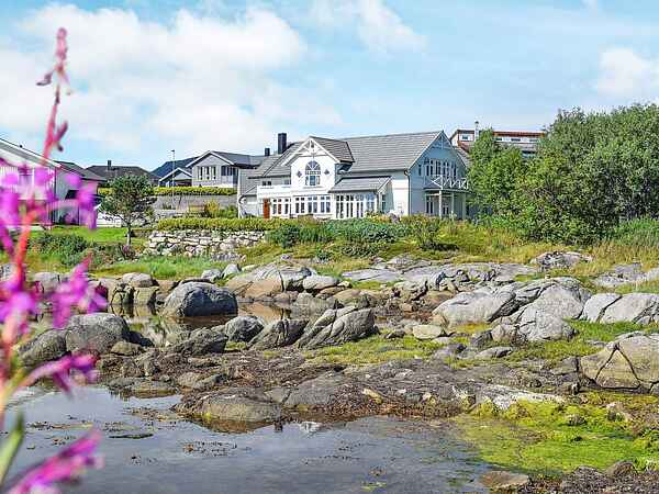 Holiday home in Ballstad