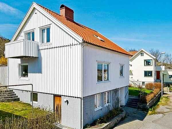 Holiday home in Skärhamn