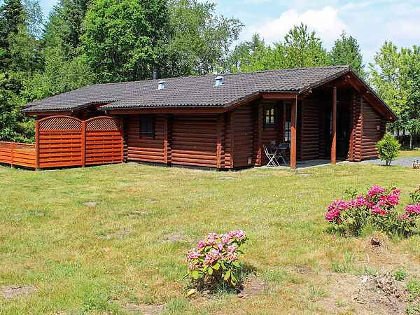 Holiday home in Truust