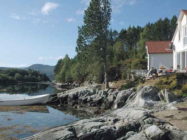 Holiday home on Gurskøy