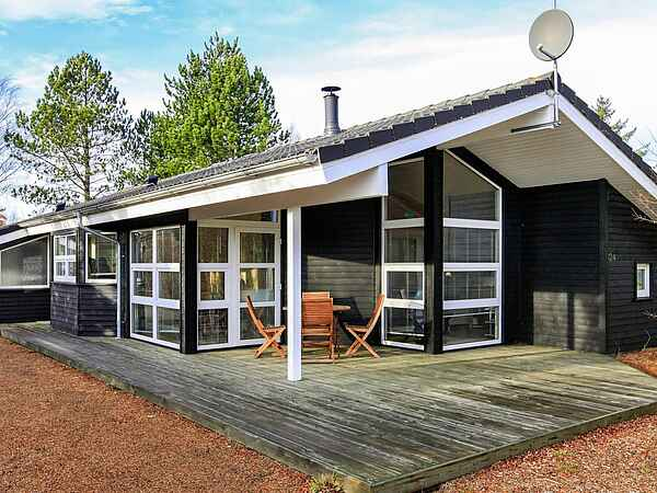 Holiday home in Råbjerg