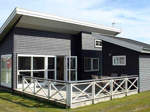 Holiday home in Rø