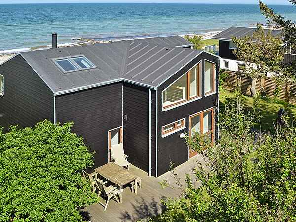 Sommerhus ved Tørresø Strand