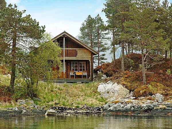 Holiday home in Halsa Municipality