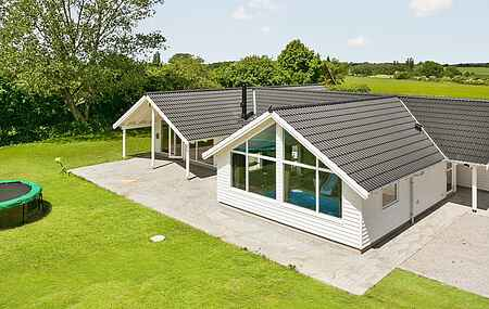 Holiday home mh16819