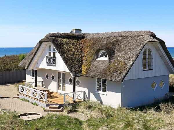 Sommerhus ved Tornby Strand