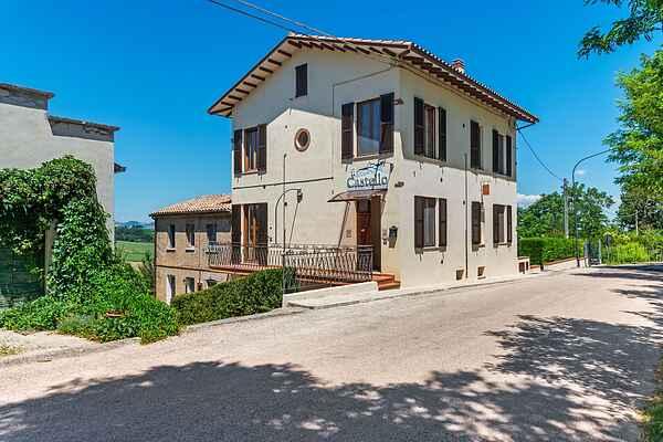 Villa i Piticchio