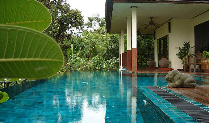 Villa in Um Chan