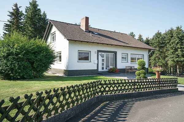 Holiday home in Schuld