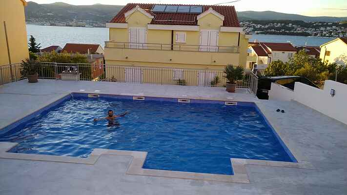 Apartment  DeLux with jacuzzi and pool,Trogir,Okrug Gornji
