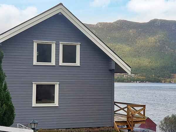 Holiday home in Myklebust
