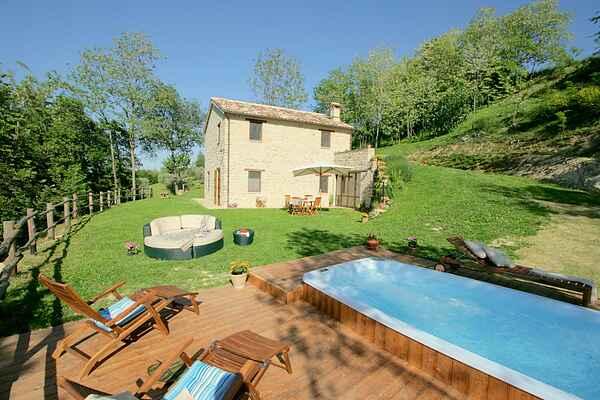 Villa i Monte San Martino