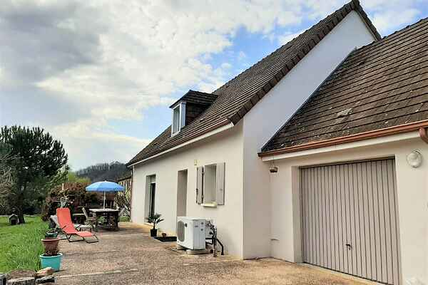 Holiday home in Thonac
