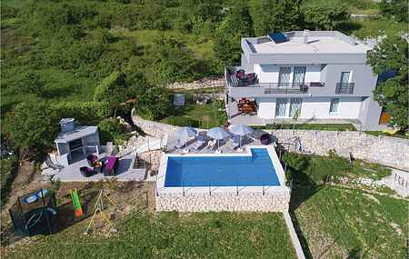 Holiday home nscdt963