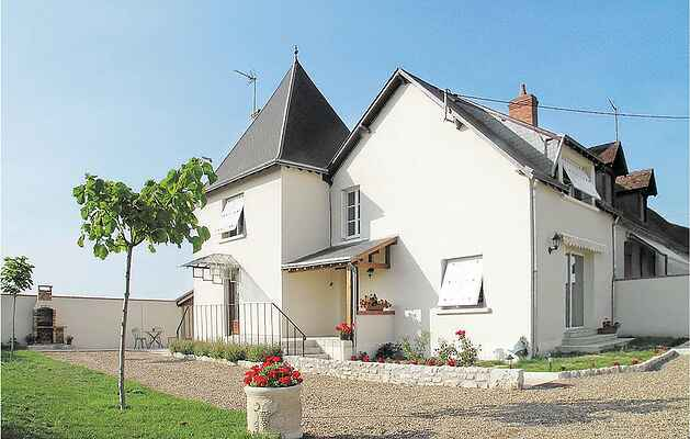 Holiday home in Les Montils