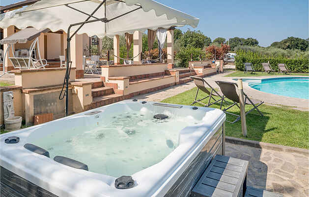 Holiday home in Capodimonte