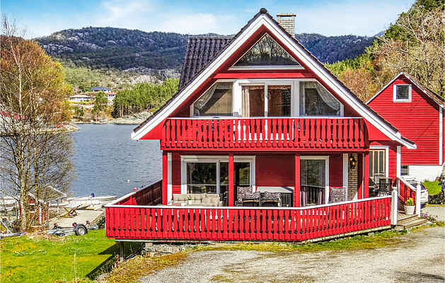 Holiday home in Nordtveitgrend