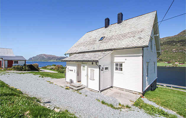 Holiday home in Stongfjorden